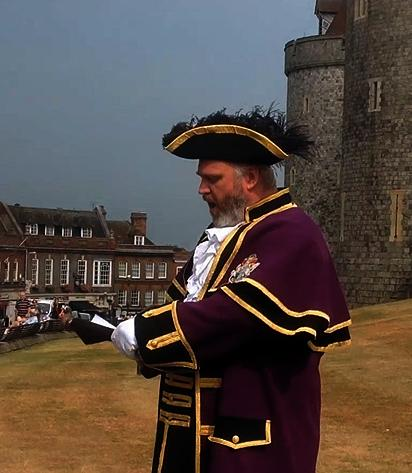 RBWM Town Crier Announcing Birth of Royal Baby