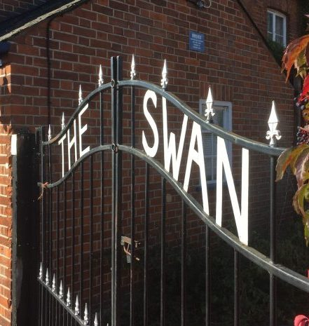 Gates at the Swan Pub, Clewer